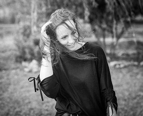Tânia Flores Hoffmann