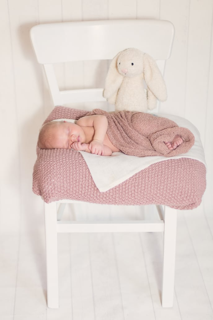 ania-Flores-Photography-Neugeborenenfotos-31