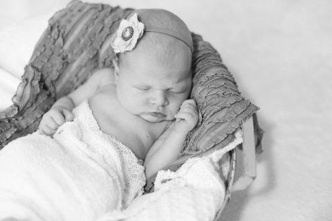 Tania-Flores-Photography-Neugeborenenfotos-34