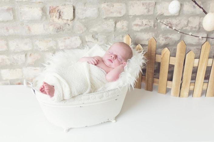 Tania-Flores-Photography-Neugeborenenfotos-1705-3