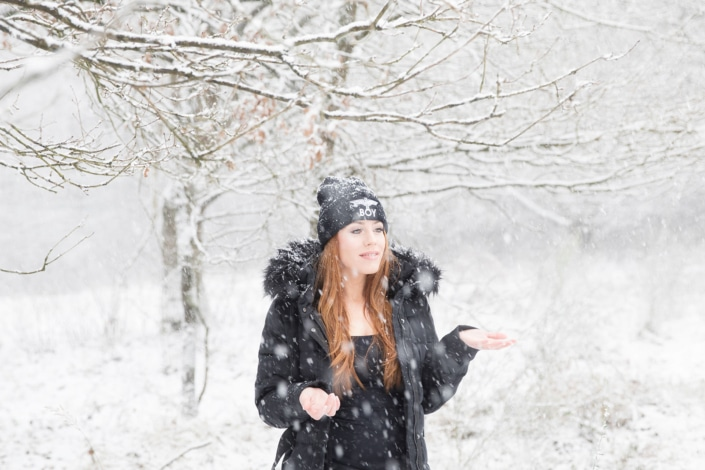 Tania-Flores-Photography-Girl-Portaits-Snow-1