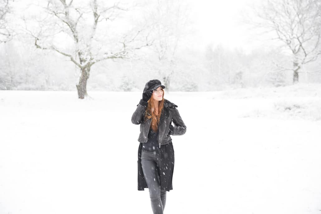 Tania-Flores-Photography-Girl-Portaits-Snow-10