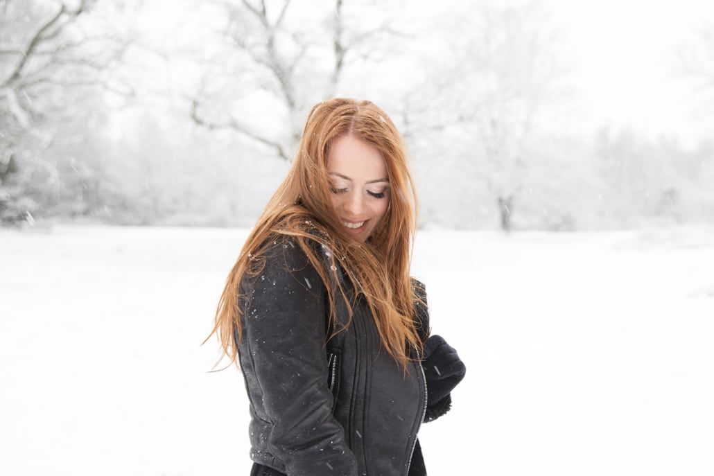 Tania-Flores-Photography-Girl-Portaits-Snow-12