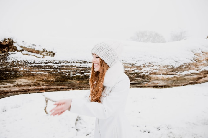 Tania-Flores-Photography-Girl-Portaits-Snow-15