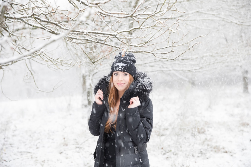 Tania-Flores-Photography-Girl-Portaits-Snow-2